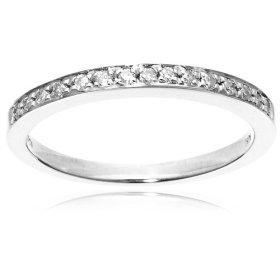 3/4cttw man made diamonds band ring