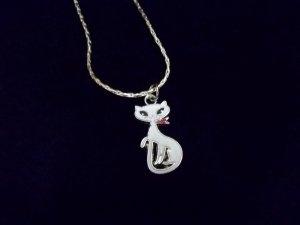 ** Pretty Foxy Miss Cat Necklace**