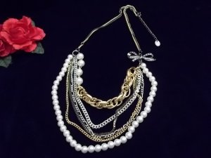 MULTIPLE LAYER PEARL and CHAIN NECKLACE