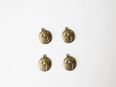 4 Pcs World Globe Charm - B18489