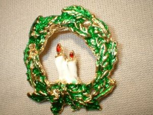 Christmas Wreath Pin/Broach