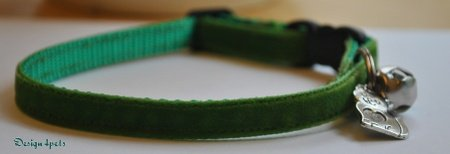 Dakota - Unique handmade breakaway adjustable cat collar - green velvet cat collar