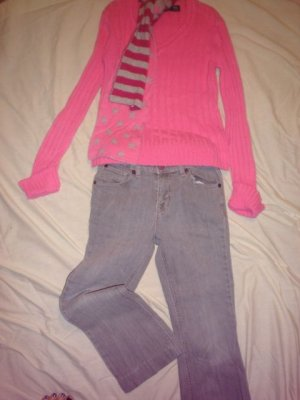 The Childrens Place Girls Jeans Gray &amp; Pink SZ 10  w Faded Glory Sweater SZ 7-8