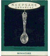 Hallmark 1993 Visions Of Sugarplums Miniature Ornament