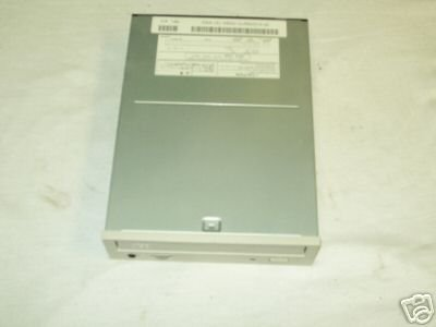 Toshiba XM-6102B Internal IDE Beige 24X CD-ROM