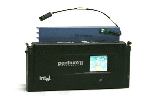 Intel Pentium II  SL264 233 MHz 512MB CPU Slot 1 w/ Heatsink