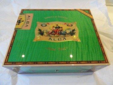 Elie Bleu Flor de Alba  Pistachio Green Humidor 75 Ct new in the original box