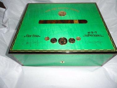 Elie Bleu Medals Pistachio Green Sycamore  Humidor 75  Ct new in original box