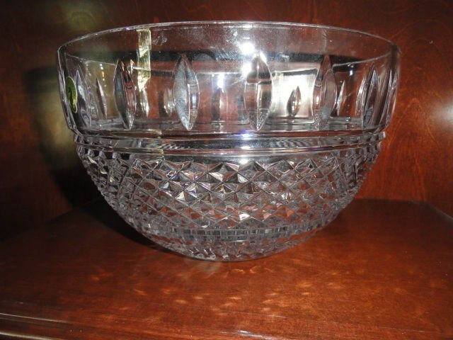 """waterford irish lace 10"""" crystal bowl Model 149575 new in the original box"""