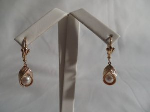 18 kt Gold Wrap Pearl Drop Earrings