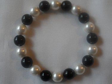 Black Onyx and White Swarovski Pearl Stretch Bracelet