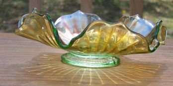 Carnival Glass Stippled Ray Bowl