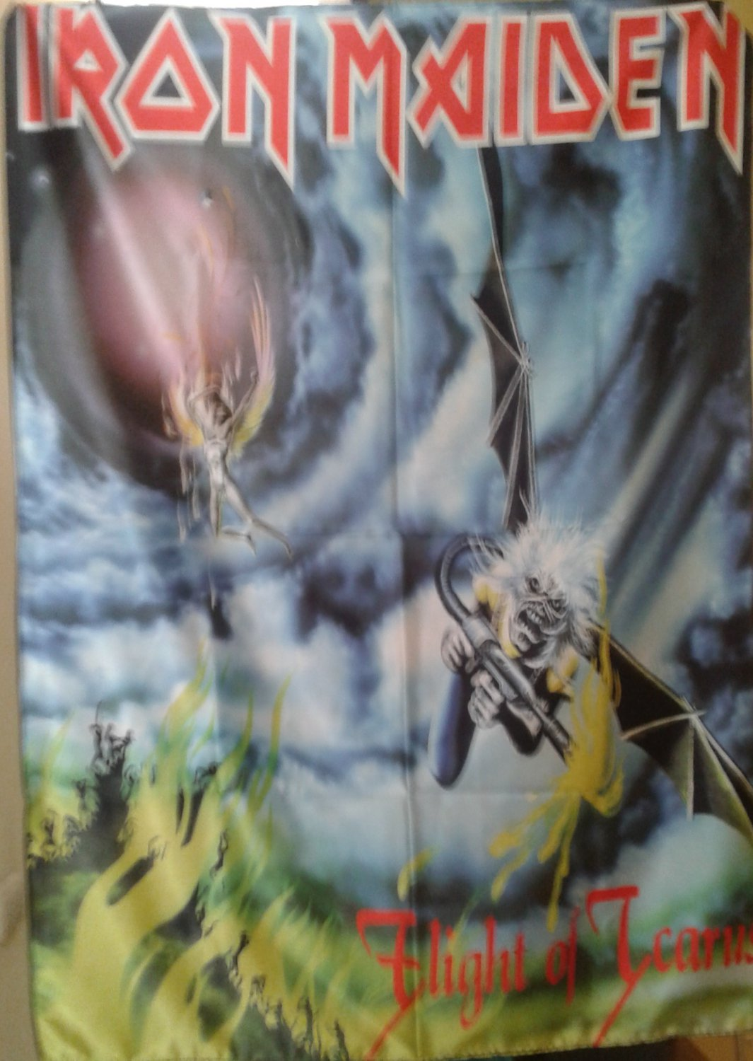 IRON MAIDEN Flight of Icarus FLAG CLOTH POSTER WALL TAPESTRY BANNER CD LP