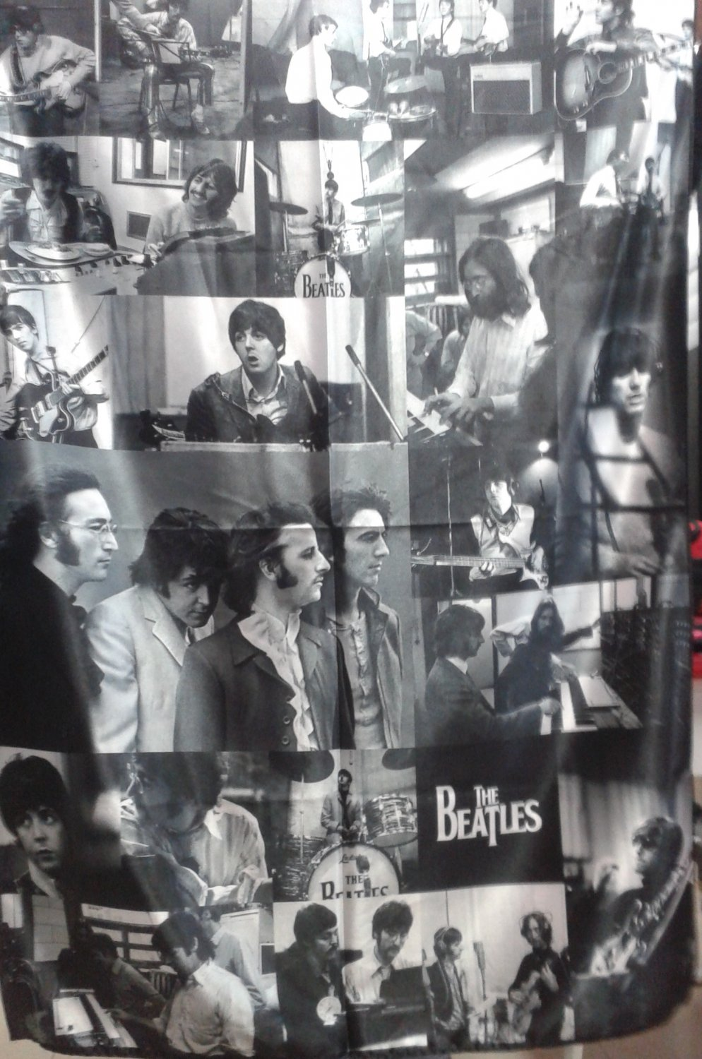 THE BEATLES B&W Photos FLAG CLOTH POSTER WALL TAPESTRY BANNER CD LP