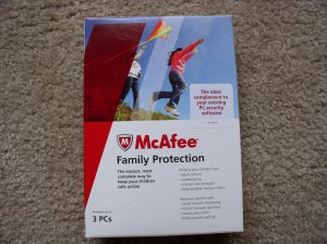 New McAfee Family Protection 2010 3 PCs Retail