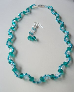 Crystal Wave Necklace - Teal