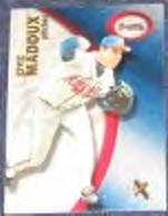2001 Fleer eX Greg Maddux #33 Braves