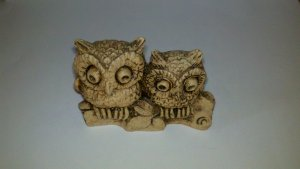 Small Vintage Mexico Figurine of 2  Owls