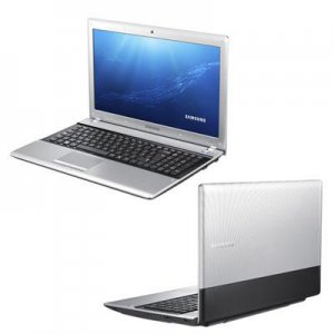 "Samsung IT 15.6"" 500GB Intel Core i3"