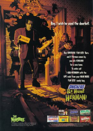 THE MUNSTERS 1998 Halloween Candy Print Ad