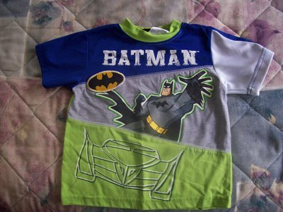 FREE SHIPPING Gently Used Boys 3T Batman Tshirt
