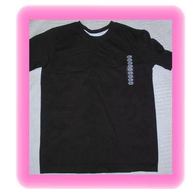 FREE SHIPPING Liz Sport LIz Claiborne Black Tshirt Small
