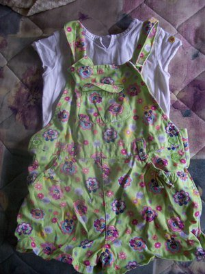 FREE SHIPPING!! Size 4T Gently Used Minnie Mickey Mouse Overalls Green