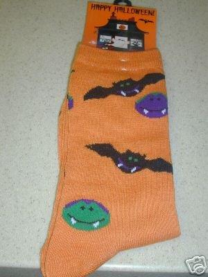 FREE SHIP BRAND NEW Halloween Socks Bats and Vampires