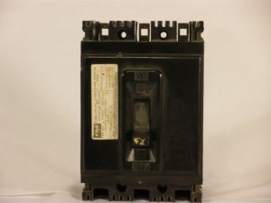 Circuit Breaker Federal Pacific 3 pole 20 AMP 480 Volt