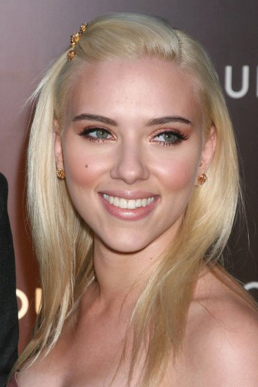 Scarlett Johansson 8x10 Photo - Close Up Pretty Candid #31