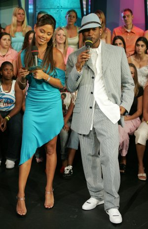 Vanessa Minnillo 8x10 Photo - Teal Tight Dress - Open Toe Heels Candid! #21
