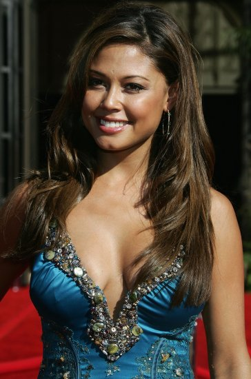 Vanessa Minnillo 8x10 Photo - Close Up Candid, Very Busty and Glam, Amazing Shot! #31