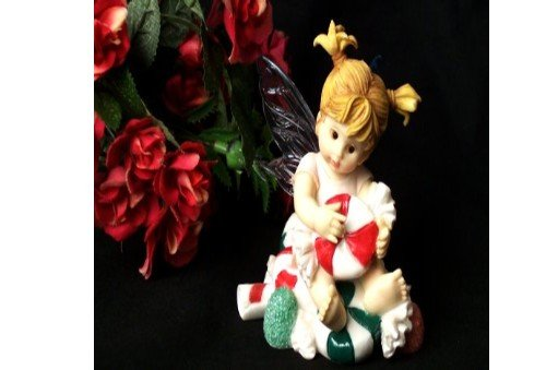 My Little Kitchen Fairy Fairy Witn Bon Bon Candy Figurine