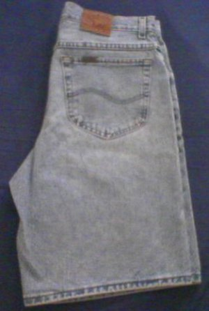 MENS LEE Riveted Blue Jean Shorts - Waist 32