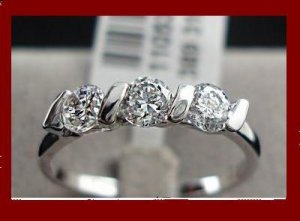 18K White Gold Plated 0.25ct 3 Pieces CZ Ladies Ring- sz 8