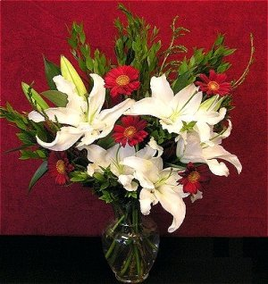 Holiday Greetings flower bouquet SIX POUNDS OF REAL FRESH FLOWERS