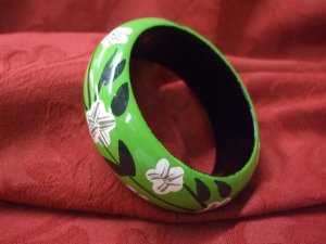 Arcylic Bangle (7cm wide)