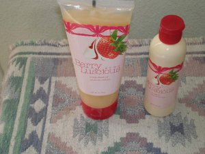 Avon Berry uiscious Creamy Shower Gel and Message Oil