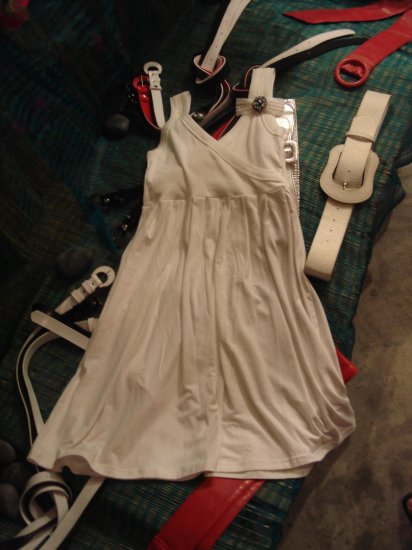 ** Sweet Sleeveless Dress **