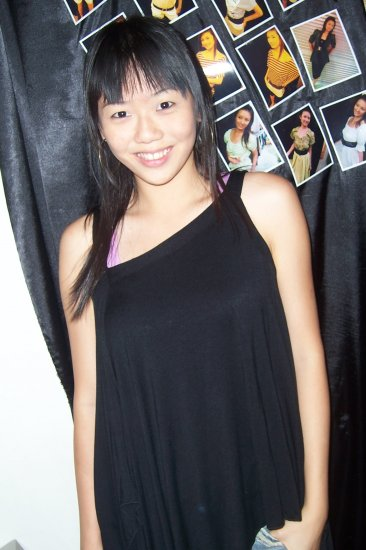 ** Black Sleeveless Top **