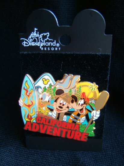 Disneyland PIN/BADGE (Disney characters)