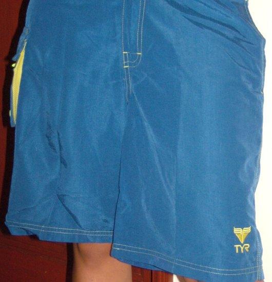 TYR Blue Bod Shorts (SIZE M, Boys, teens)