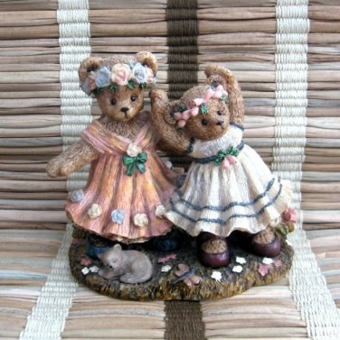 Berry Hill Bears Figurine Spring Encore 1997 Young