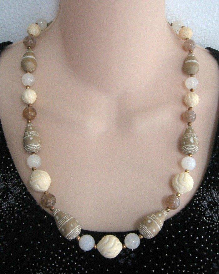 Tan & Beige Vintage Beaded Necklace 1980's