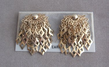 Large Chunky Layered Gold Dangle Clip On Earrings Vintage 1960s