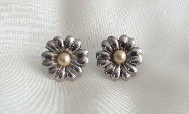 Silver Flower Pearl Screw Back Earrings Sterling Vintage 1940s