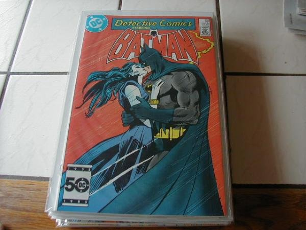 DETECTIVE COMICS #556 VF/NM