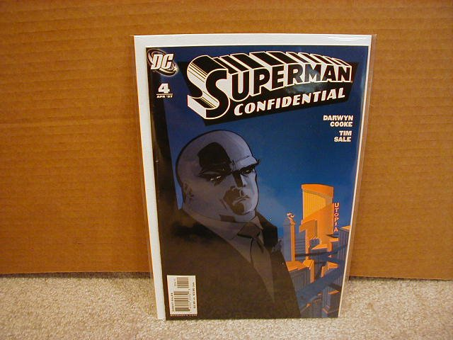 SUPERMAN CONFIDENTIAL #4 VF/NM