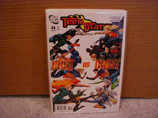 TEEN TITANS #44 NM