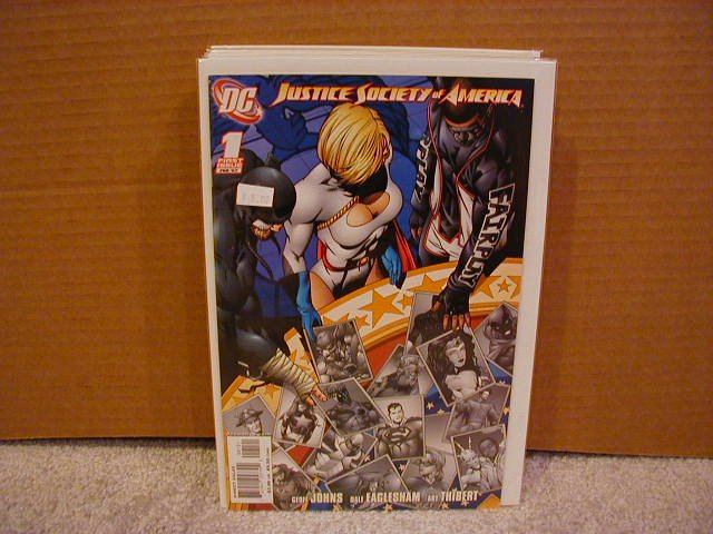 JUSTICE SOCIETY OF AMERICA #1 VARIANT NM